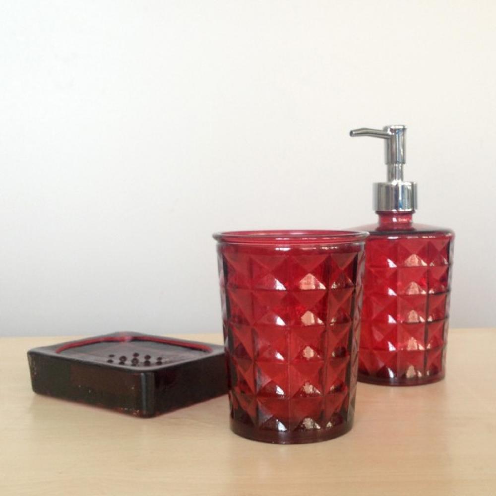 Diama komplekts vannai sarkans